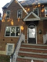 2 Bedrooms, Jackson Heights Rental in NYC for $2,100 - Photo 1