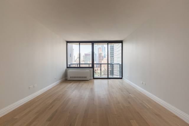 Studio, Theater District Rental in NYC for $3,750 - Photo 1