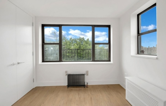 3 Bedrooms, Jackson Heights Rental in NYC for $2,830 - Photo 2