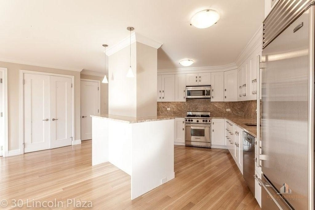 1 Bedroom, Lincoln Square Rental in NYC for $6,000 - Photo 2