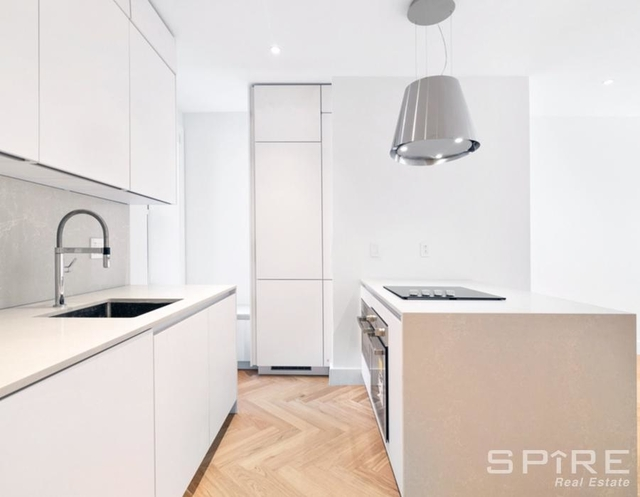 2 Bedrooms, Upper West Side Rental in NYC for $4,246 - Photo 2
