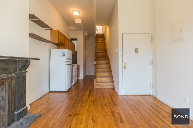 3 Bedrooms, Yorkville Rental in NYC for $4,275 - Photo 2