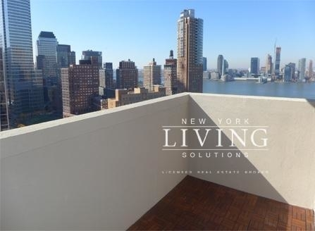 2 Bedrooms, Tribeca Rental in NYC for $5,350 - Photo 1