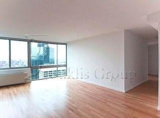 Studio, Financial District Rental in NYC for $3,075 - Photo 2