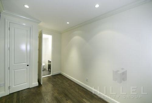 2 Bedrooms, Upper East Side Rental in NYC for $3,323 - Photo 2
