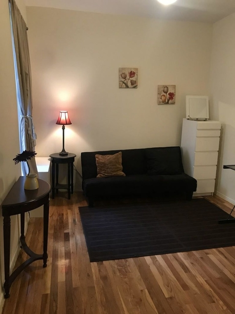 3 Bedrooms, Lincoln Square Rental in NYC for $3,700 - Photo 2