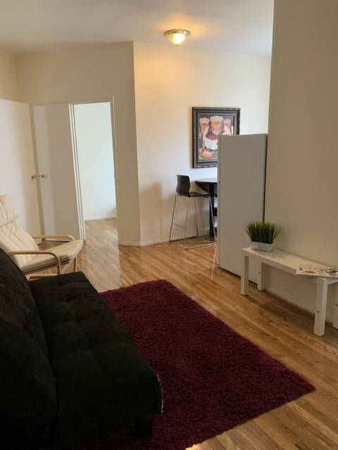 3 Bedrooms, Lincoln Square Rental in NYC for $3,700 - Photo 1