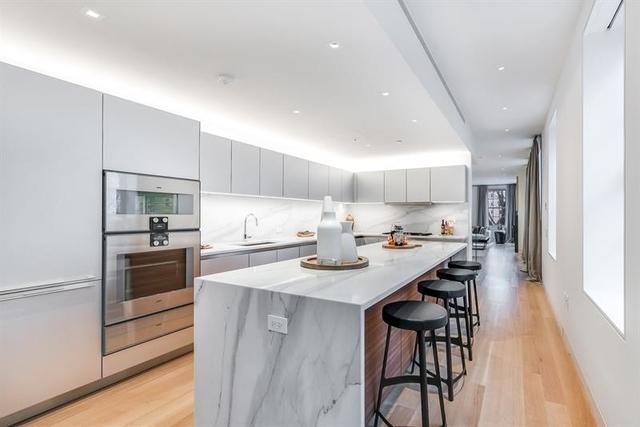 2 Bedrooms, NoLita Rental in NYC for $9,558 - Photo 2