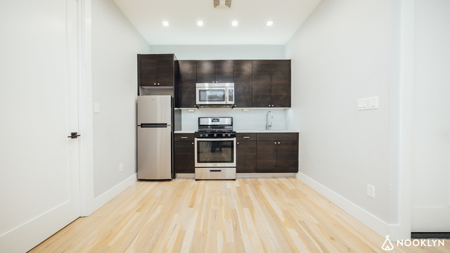 2 Bedrooms, Ocean Hill Rental in NYC for $2,299 - Photo 1