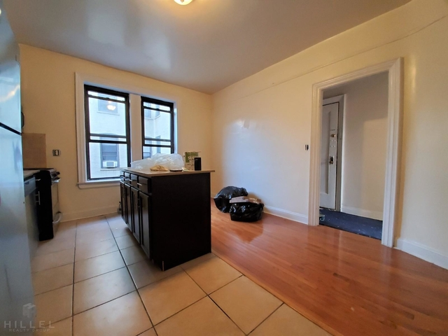 2 Bedrooms, Astoria Rental in NYC for $2,565 - Photo 2