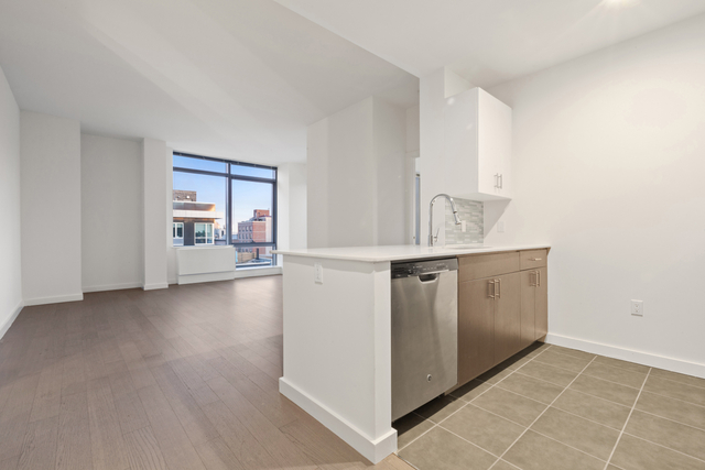 2 Bedrooms, Williamsburg Rental in NYC for $5,148 - Photo 2
