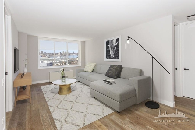 2 Bedrooms, Hell's Kitchen Rental in NYC for $5,890 - Photo 1
