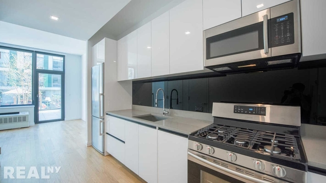 Studio, Williamsburg Rental in NYC for $3,527 - Photo 2