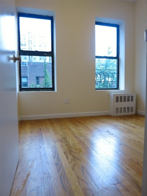 2 Bedrooms, Yorkville Rental in NYC for $3,050 - Photo 1