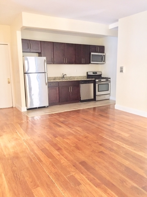 3 Bedrooms, Fort George Rental in NYC for $2,825 - Photo 1