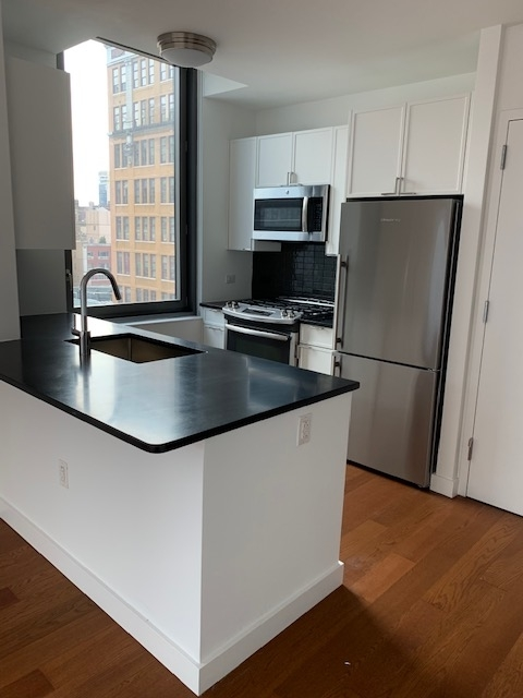 1 Bedroom, Chelsea Rental in NYC for $4,565 - Photo 2