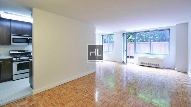 2 Bedrooms, Manhattan Valley Rental in NYC for $6,142 - Photo 2