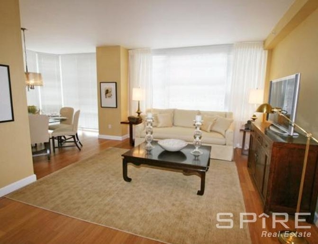 1 Bedroom, Upper East Side Rental in NYC for $5,100 - Photo 2