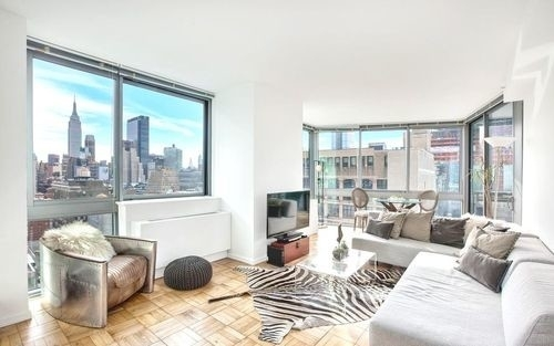 1 Bedroom, Hell's Kitchen Rental in NYC for $3,594 - Photo 1