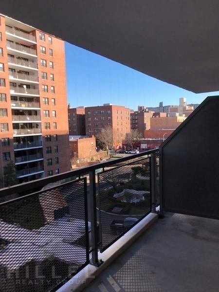 1 Bedroom, Rego Park Rental in NYC for $2,320 - Photo 1