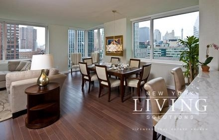 3 Bedrooms, Battery Park City Rental in NYC for $11,000 - Photo 2