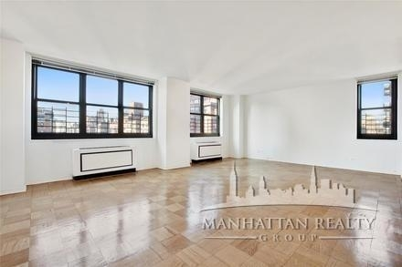 2 Bedrooms, Upper East Side Rental in NYC for $4,300 - Photo 2