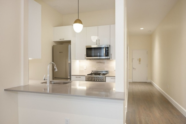 2 Bedrooms, West Village Rental in NYC for $5,695 - Photo 2