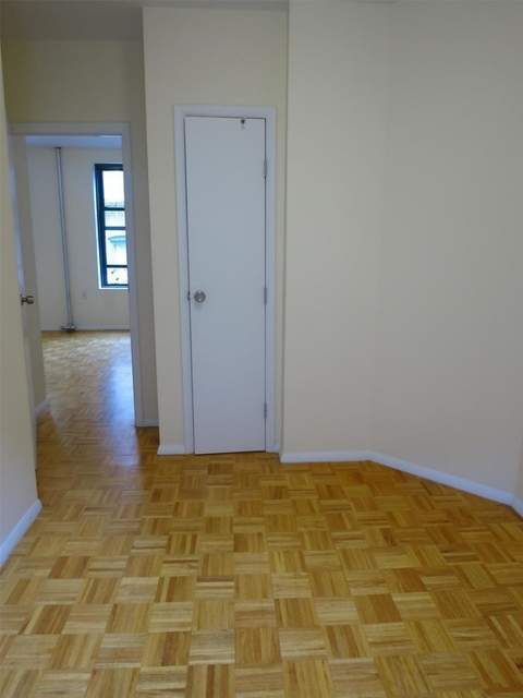 2 Bedrooms, Upper East Side Rental in NYC for $2,975 - Photo 2