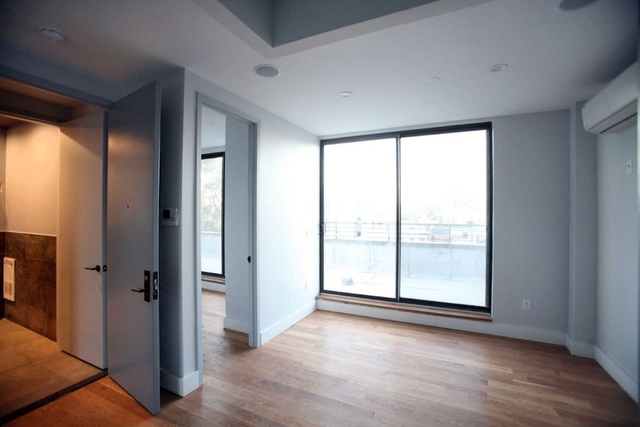 2 Bedrooms, East Williamsburg Rental in NYC for $3,750 - Photo 2