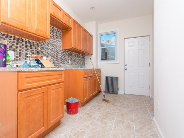 2 Bedrooms, Flatbush Rental in NYC for $2,490 - Photo 2