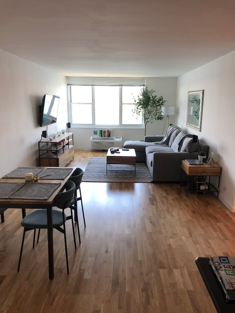 1 Bedroom, Battery Park City Rental in NYC for $4,245 - Photo 1