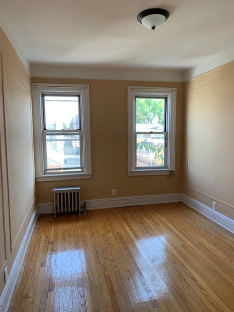 1 Bedroom, Steinway Rental in NYC for $1,999 - Photo 2