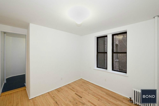 1 Bedroom, Chelsea Rental in NYC for $2,990 - Photo 2