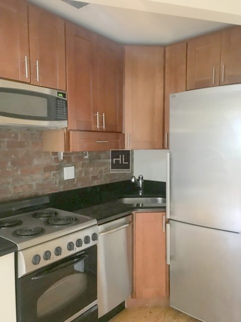 3 Bedrooms, West Village Rental in NYC for $6,750 - Photo 2