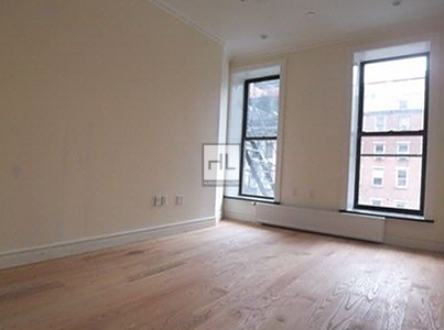 3 Bedrooms, East Village Rental in NYC for $4,370 - Photo 2