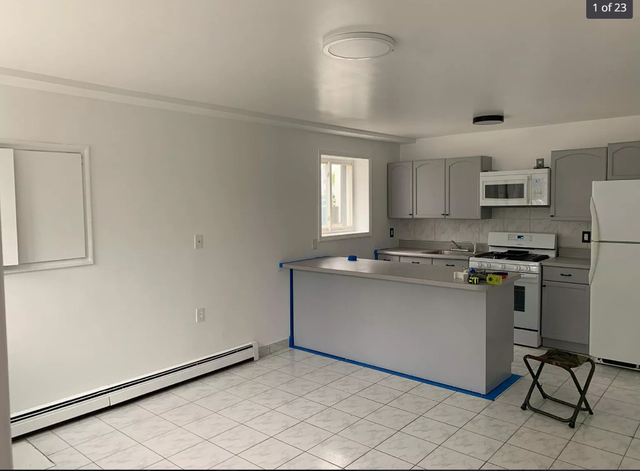 2 Bedrooms, Glendale Rental in NYC for $2,500 - Photo 1