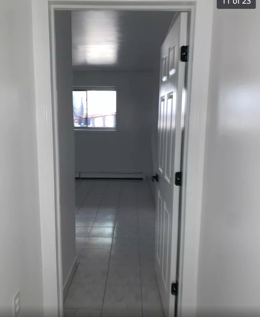 2 Bedrooms, Glendale Rental in NYC for $2,500 - Photo 2