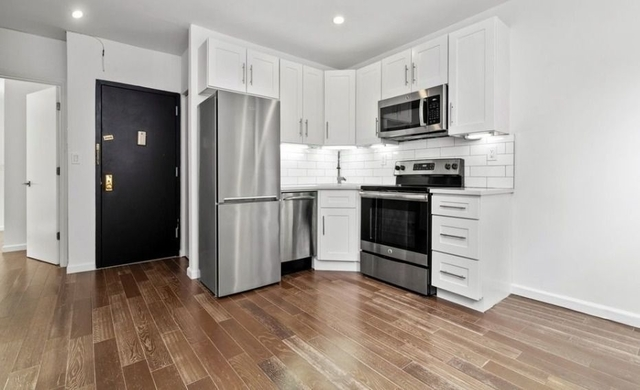 3 Bedrooms, Lower East Side Rental in NYC for $5,700 - Photo 1