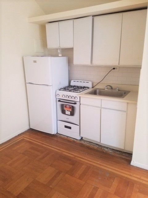 Studio, Chelsea Rental in NYC for $2,199 - Photo 2