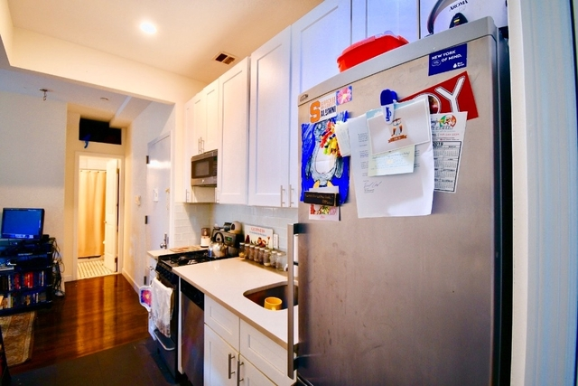 3 Bedrooms, Greenpoint Rental in NYC for $4,295 - Photo 2