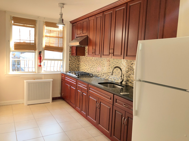 1 Bedroom, Bay Ridge Rental in NYC for $1,800 - Photo 2
