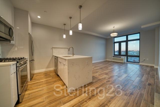 1 Bedroom, Astoria Rental in NYC for $3,100 - Photo 1