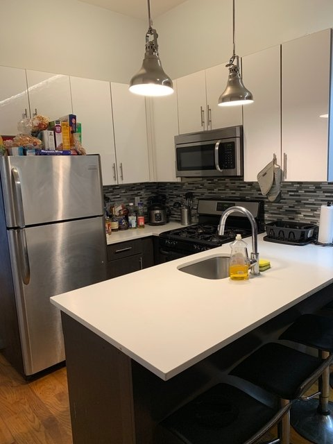 3 Bedrooms, Ocean Hill Rental in NYC for $3,000 - Photo 2