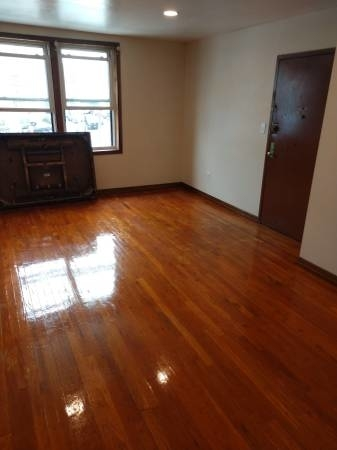 3 Bedrooms, Murray Hill, Queens Rental in NYC for $2,300 - Photo 2