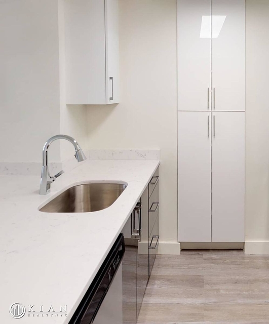 Studio, Financial District Rental in NYC for $3,270 - Photo 1