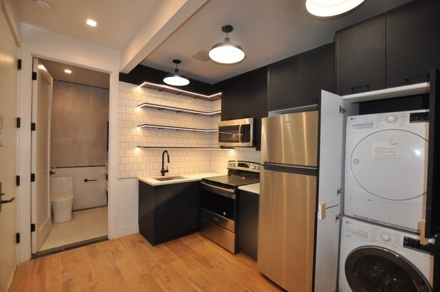 3 Bedrooms, East Flatbush Rental in NYC for $3,000 - Photo 2