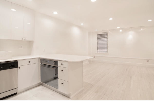 1 Bedroom, Midtown East Rental in NYC for $3,600 - Photo 1