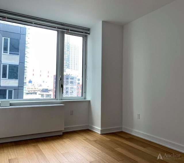 1 Bedroom, Long Island City Rental in NYC for $3,614 - Photo 2