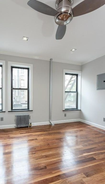 3 Bedrooms, Alphabet City Rental in NYC for $5,178 - Photo 2