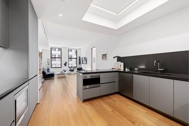 1 Bedroom, Tribeca Rental in NYC for $6,400 - Photo 2